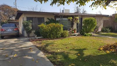 Bakersfield Single Family Home For Sale: 1908 Airport Drive