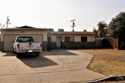 Bakersfield Single Family Home For Sale: 423 Teakwood Drive