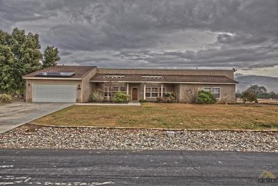 Single Family Home For Sale: 3900 Blue Loop Lane