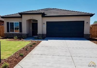 Bakersfield CA Single Family Home For Sale: $277,250