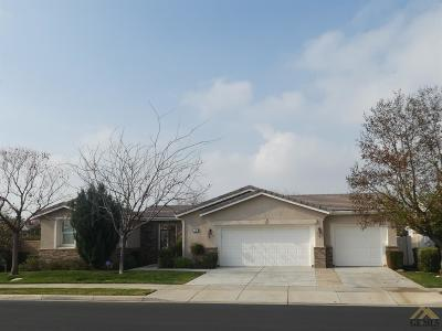 Bakersfield Single Family Home For Sale: 6400 Citrus Hills Drive