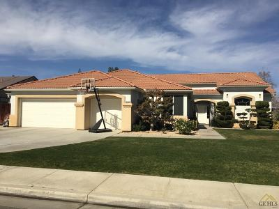 Bakersfield Single Family Home For Sale: 12702 Monterey Beach Drive