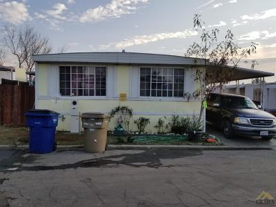 Bakersfield Mobile Home For Sale: 8300 Kern Canyon Road #17