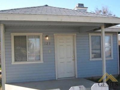 Taft Single Family Home For Sale: 623 San Emidio Street