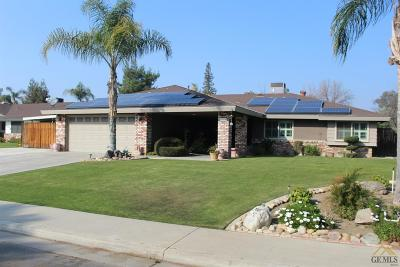 Bakersfield Single Family Home For Sale: 7308 Snowmass Lane
