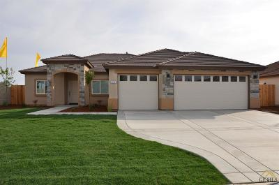 Bakersfield CA Single Family Home For Sale: $295,490