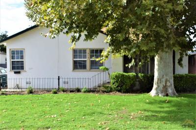 Bakersfield Single Family Home For Sale: 513 El Prado Drive