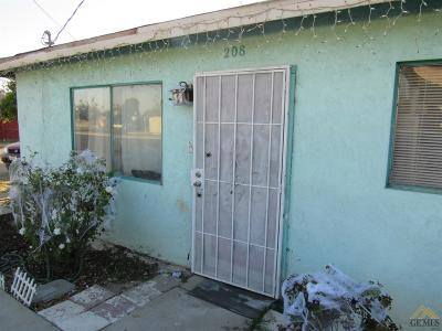 Bakersfield Single Family Home For Sale: 208 Oswell Street