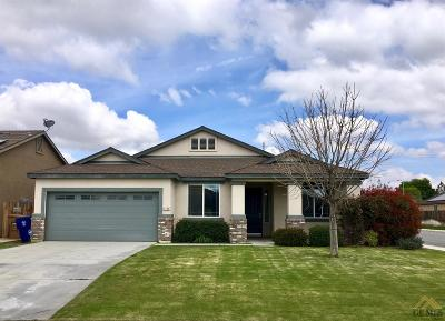 Bakersfield CA Single Family Home For Sale: $269,500