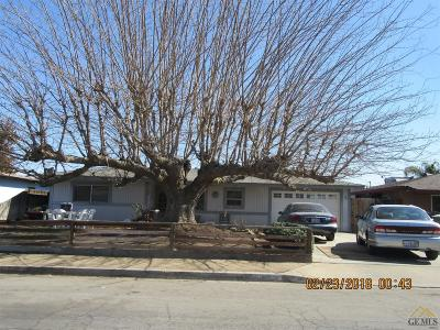 Bakersfield Single Family Home For Sale: 9000 Viola Street