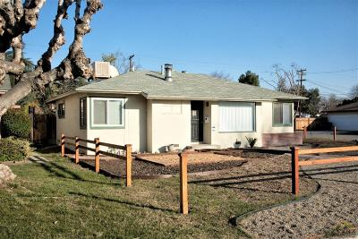 Bakersfield Single Family Home For Sale: 326 Olive Street