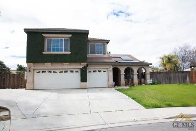 Bakersfield Single Family Home For Sale: 6101 Bay Club Court