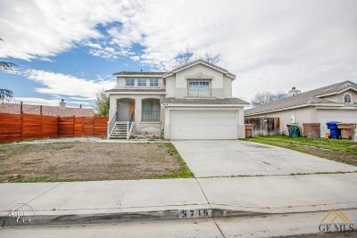 Bakersfield Single Family Home For Sale: 3719 Amur Maple Drive