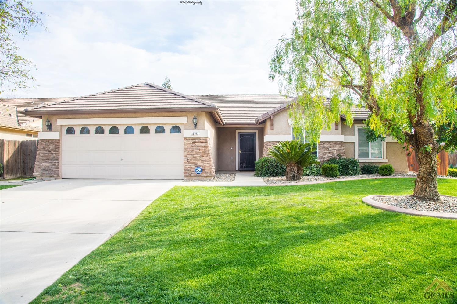 10913 Rancho Cordova Street