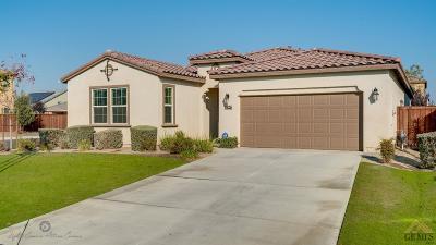 Bakersfield Single Family Home For Sale: 9826 Buckhorn Peak Drive