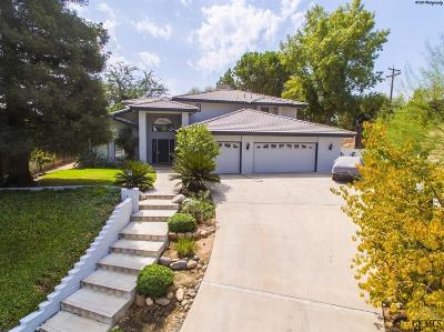 Single Family Home For Sale: 6301 Highland Knolls Drive