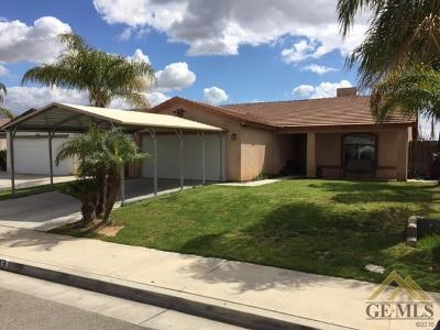 Bakersfield CA Single Family Home For Sale: $222,900