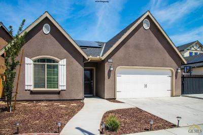 Shafter Single Family Home For Sale: 9214 Red Pine Drive