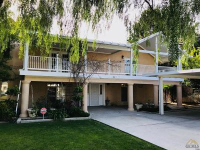 Bakersfield Single Family Home For Sale: 3120 La Cresta Drive