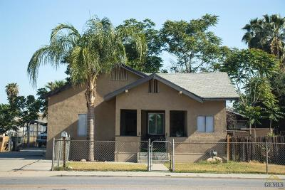 Bakersfield Single Family Home For Sale: 608 Roberts Lane