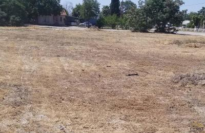 Shafter Residential Lots & Land For Sale: 681 Central Valley Highway