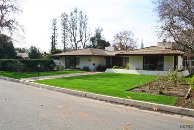 Bakersfield Single Family Home For Sale: 2221 Myrtle Street