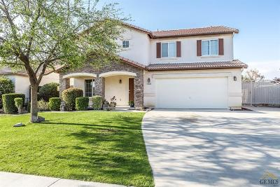 Bakersfield Single Family Home For Sale: 12110 Midtowne Drive