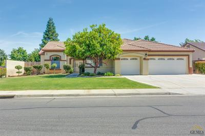 Bakersfield Single Family Home For Sale: 9303 Lake Victoria Drive