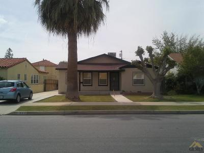 Bakersfield CA Multi Family Home For Sale: $165,000
