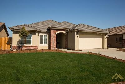 Bakersfield Single Family Home For Sale: 2010 Crispin Street
