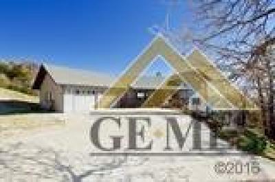 Tehachapi Single Family Home For Sale: 30440 Starland Drive