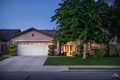 Bakersfield Single Family Home For Sale: 10218 Seneca Falls Avenue