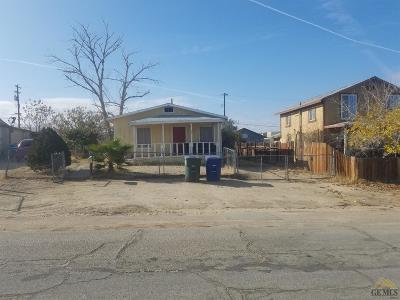Taft Single Family Home For Sale: 217 Rose Avenue