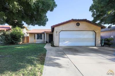Delano CA Single Family Home For Sale: $230,000