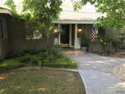 Bakersfield Single Family Home For Sale: 2202 Terrace Way