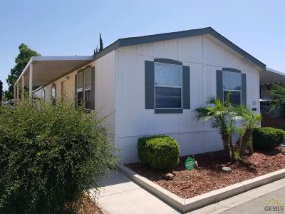 Bakersfield Manufactured Home For Sale: 11 Torrey Pine Lane