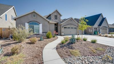 Single Family Home For Sale: 14736 Plumeria Court