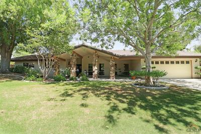 Bakersfield Single Family Home For Sale: 7504 El Roble Court