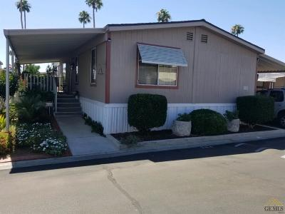 Bakersfield Manufactured Home For Sale: 284 Florence Lane