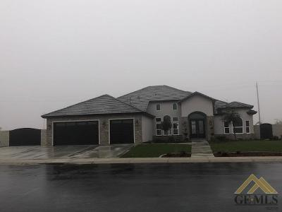 Bakersfield Single Family Home For Sale: 4005 Stonewick Drive
