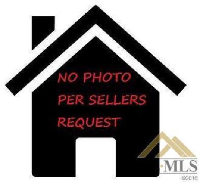 Multi Family Home For Sale: 402 Ohio Drive