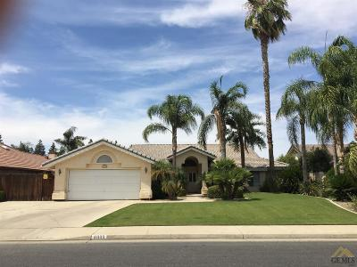 Bakersfield Single Family Home For Sale: 8800 Bridlewood Lane