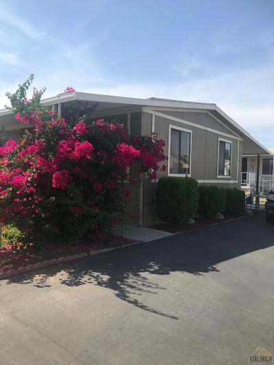 Bakersfield Manufactured Home For Sale: 6351 Akers Road #80