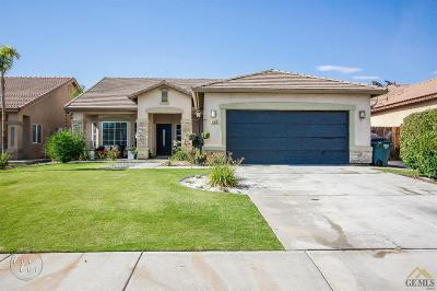 Bakersfield CA Single Family Home For Sale: $242,900