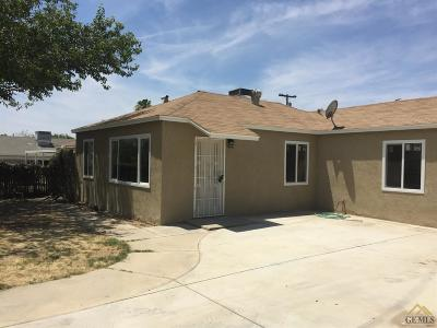 Bakersfield Single Family Home For Sale: 1408 Royal Way