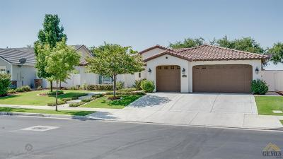 Bakersfield Single Family Home For Sale: 12405 Lincolnshire Drive