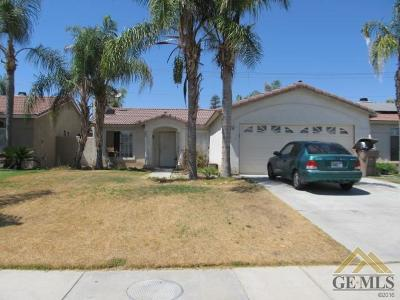 Bakersfield Single Family Home For Sale: 10706 Tivoli Court