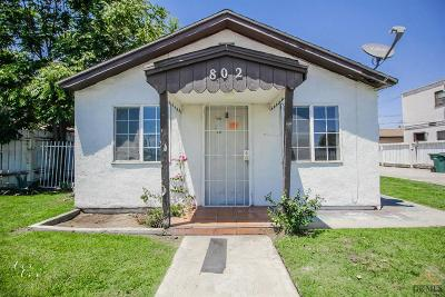Bakersfield Single Family Home For Sale: 802 Roberts Lane