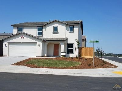 Bakersfield Single Family Home For Sale: 10001 Withernsea Drive #Lot25