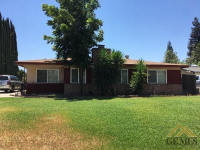 Bakersfield Single Family Home For Sale: 6617 Cherrywood Avenue
